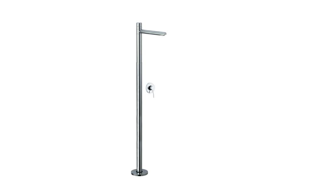 Kusasi Freestanding Shower Unit - paco jaanson